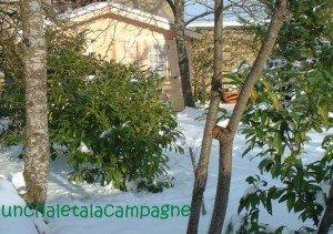 chalet-sous-la-neige-300x211 dans De tout et rien ...